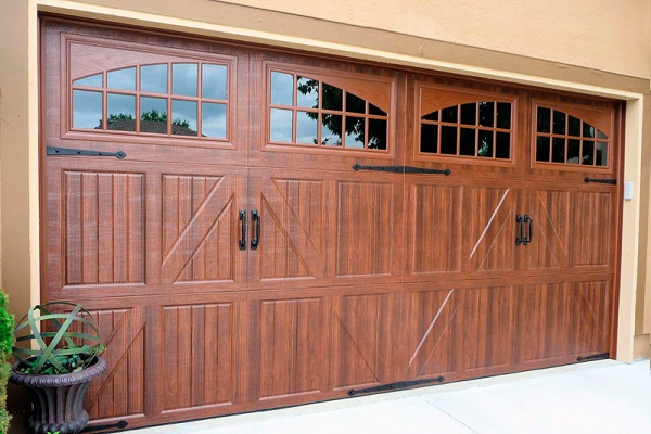 Why Choose A Carriage House Style Garage Door
